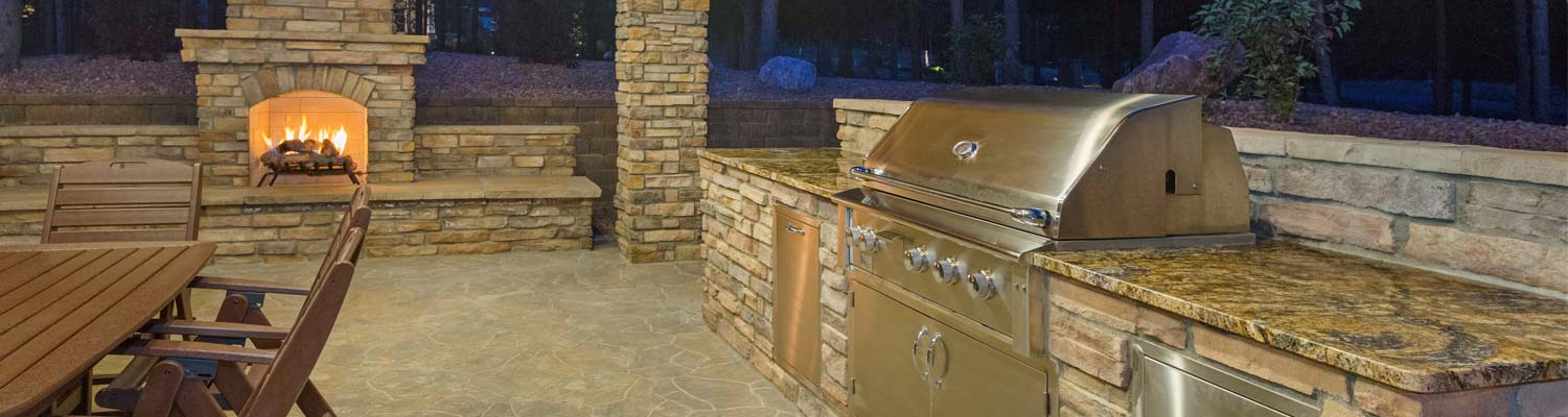outdoor kitchen with granite countertops Charlotte