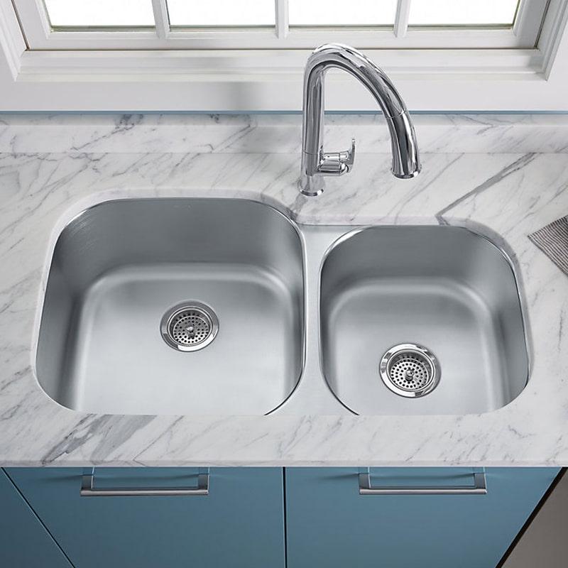 kitchen-faucet-configuration